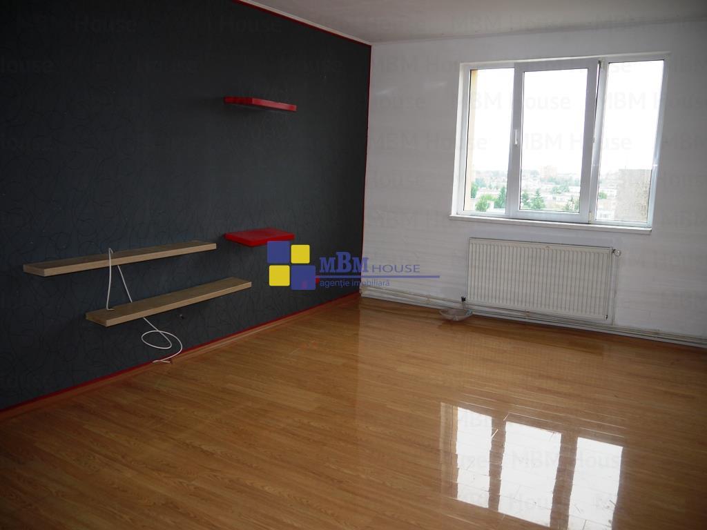 Apartament 3 camereCalea Bucuresti